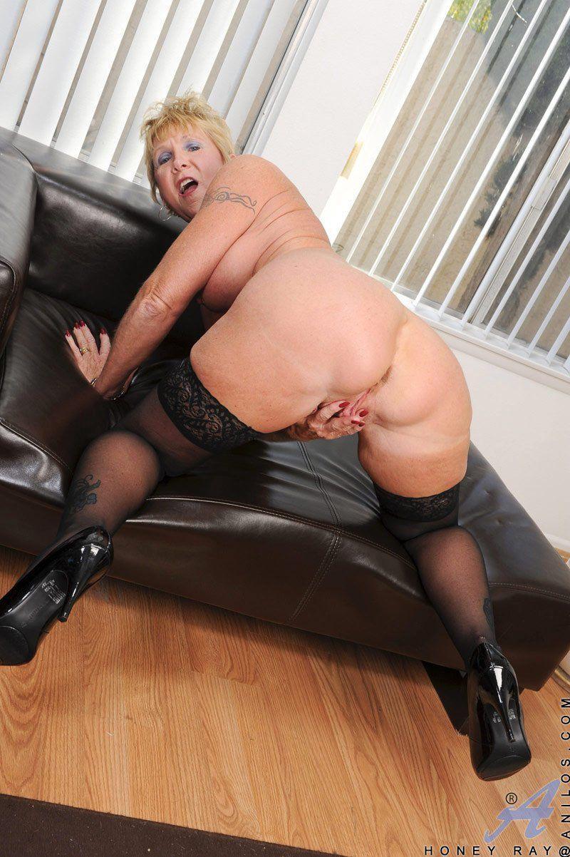 Pornhub mature stockings