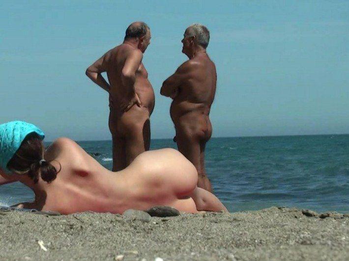 Beach butt naked woman - Adult gallery.
