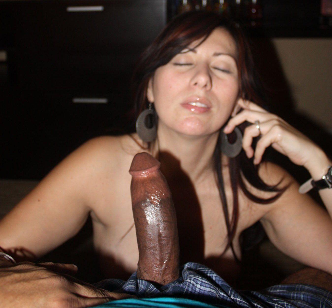 Wife enjoys huge dick