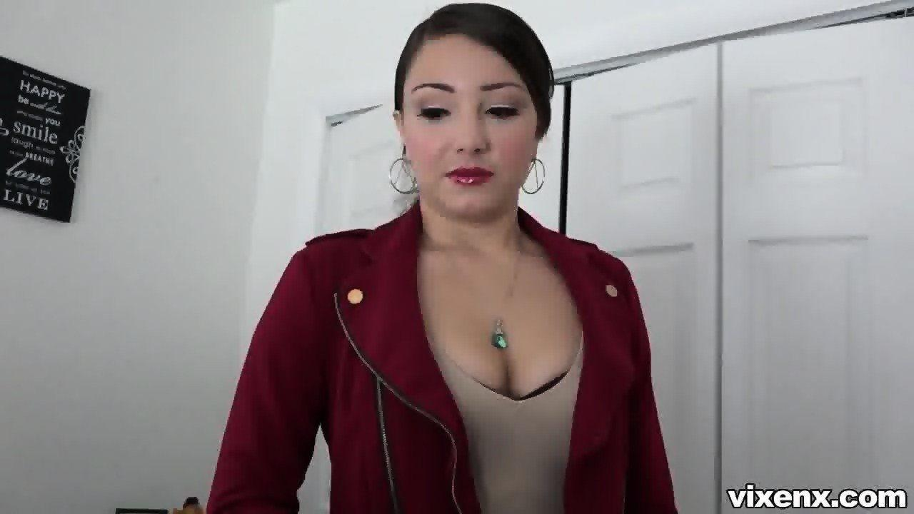 amateur true Real pussy estate agent model