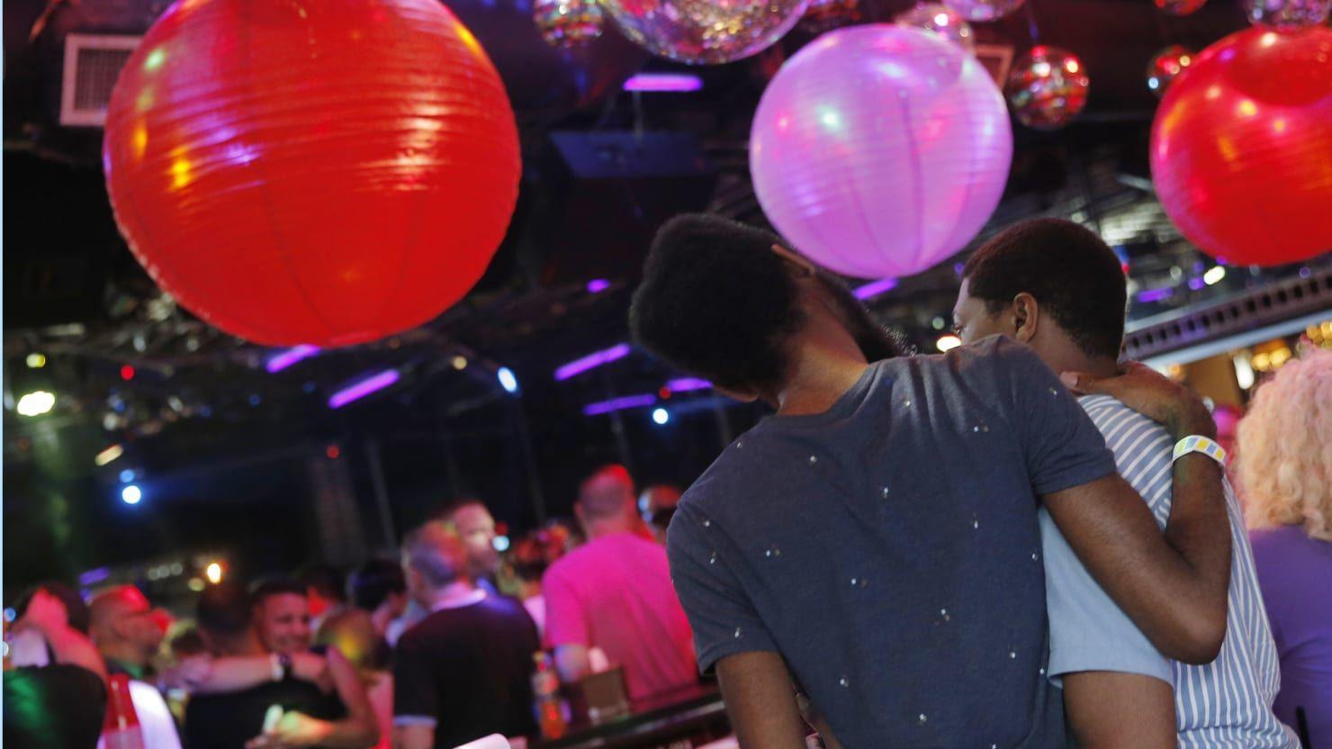 Gay bars clubs drag shows orlando