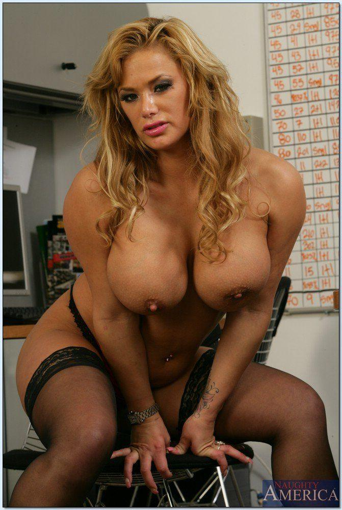 Vanessahudgens Nude