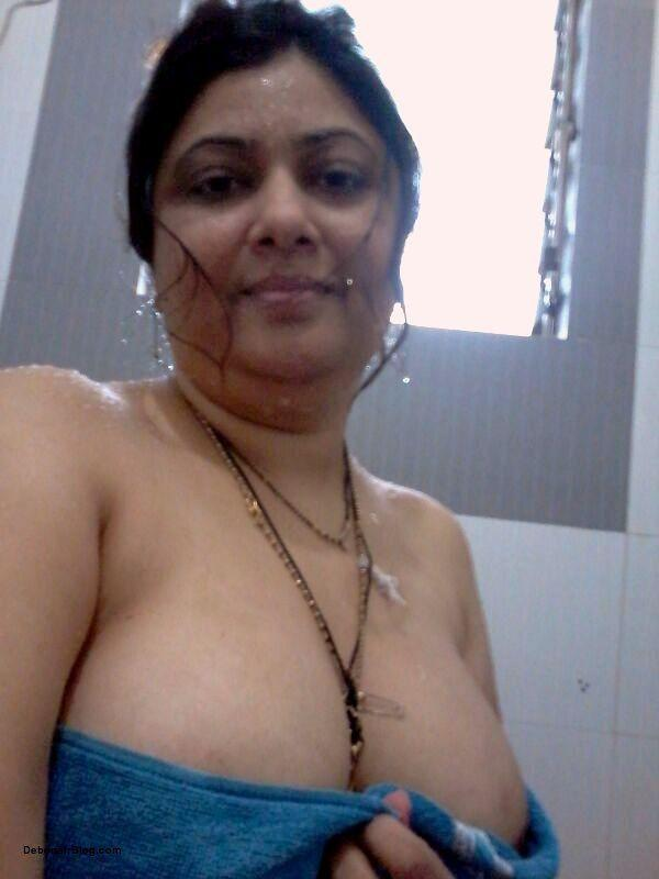 boobs aunties big Hot indian