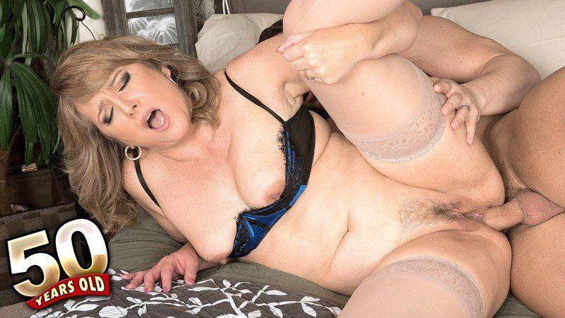 Mature lady with big boob