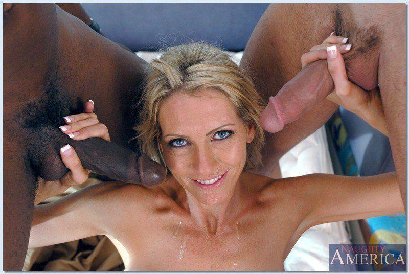 Andrea naked pic rincon
