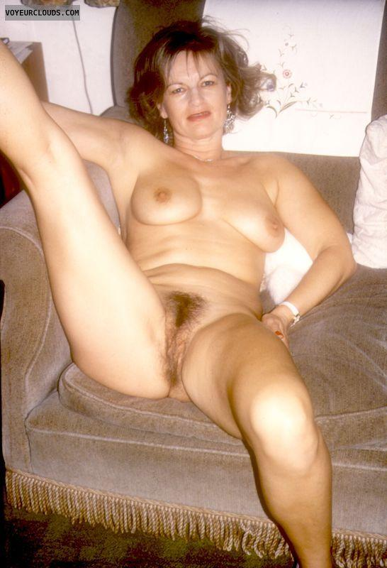Wife naked spread