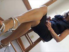 Mature nylon shoe dangle tube
