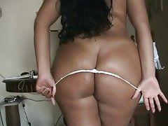 Free amateur latina ass tube