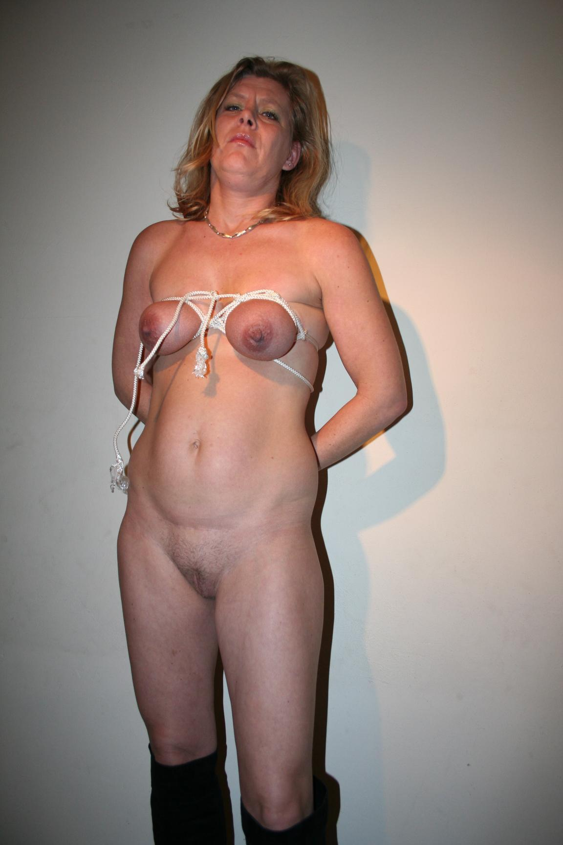 German mature sex slave needs an eduction session