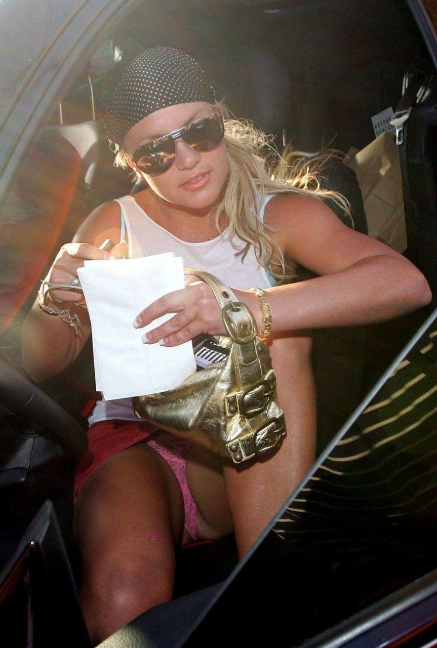 Britney spear spear upskirt upskirtbritney