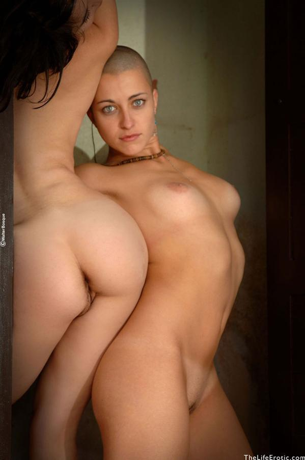 Apologise, but Women shaved and nude blog