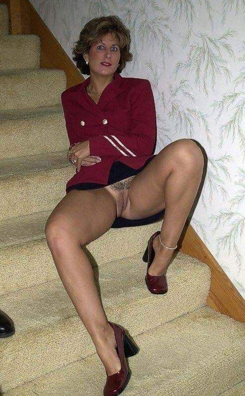 Grinding lesbian pic pussy together