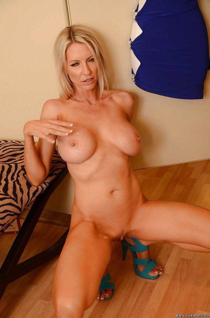 Starr emma busty milf blonde