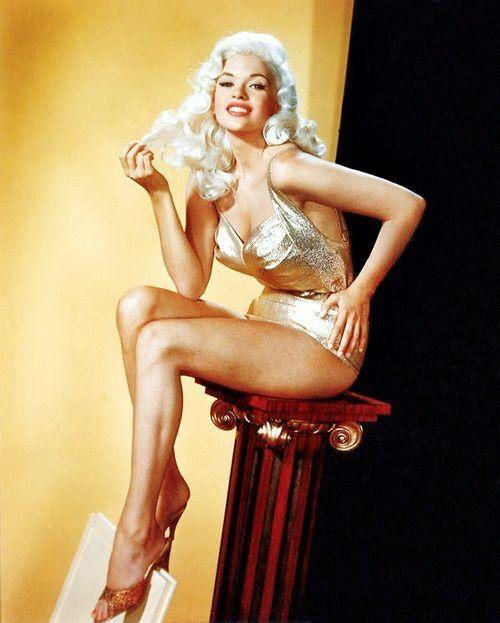 Kevorkian reccomend 1950 style pinup girl nude