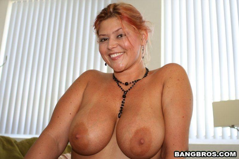 Meet milfs near you