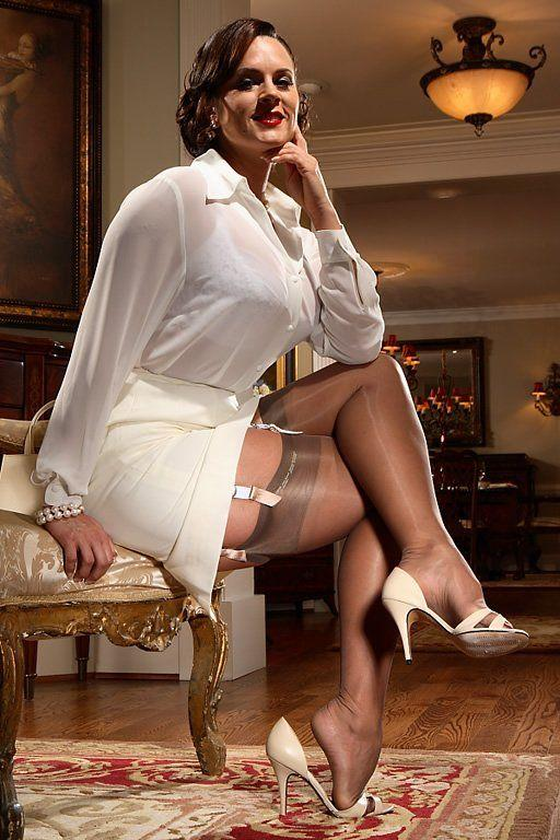 Girdle legs mature