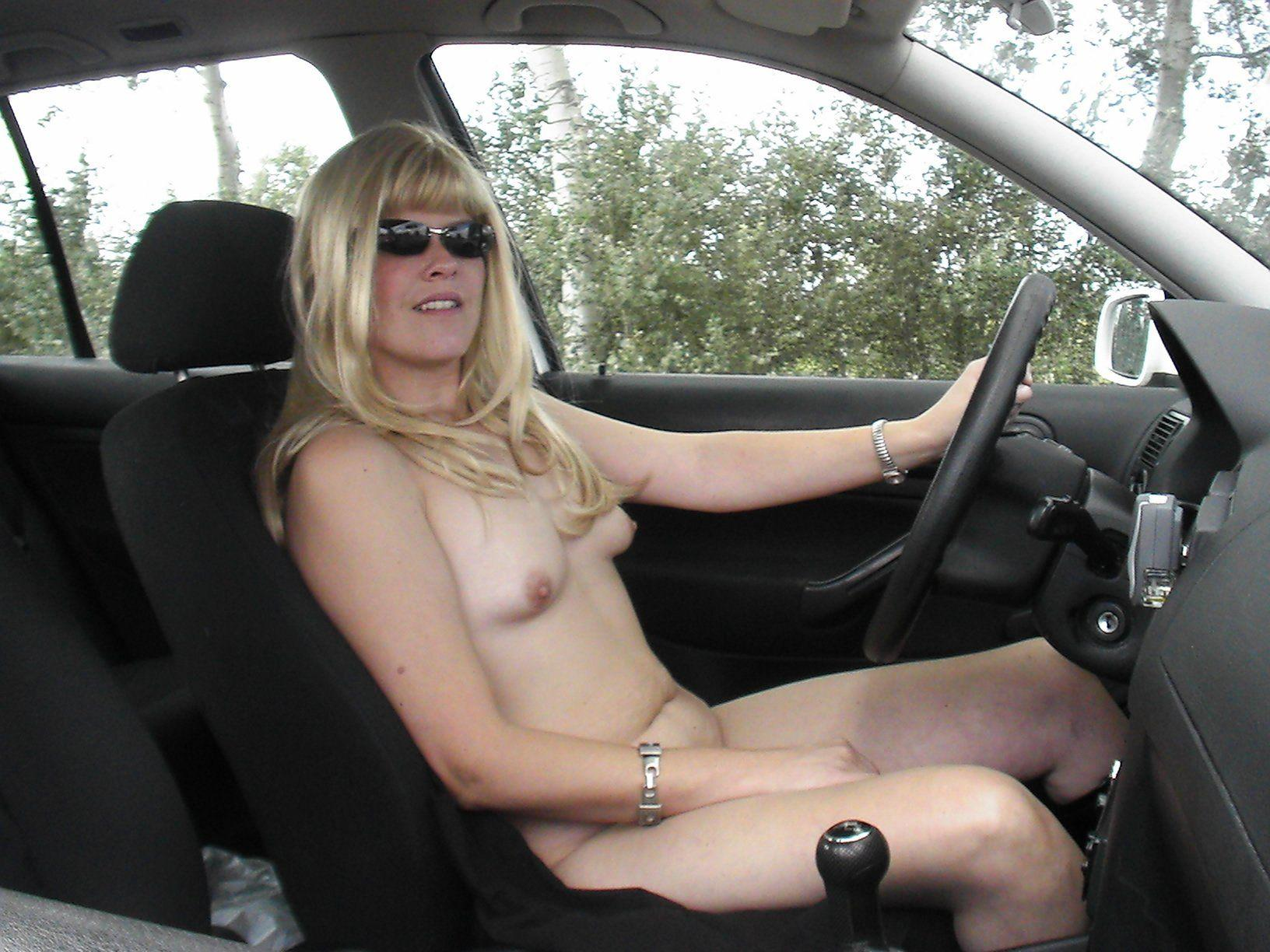 driving Naked bmw girl