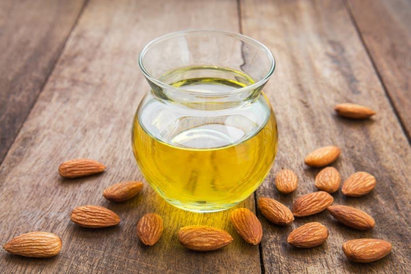 Aspirin reccomend Almond oil facial care