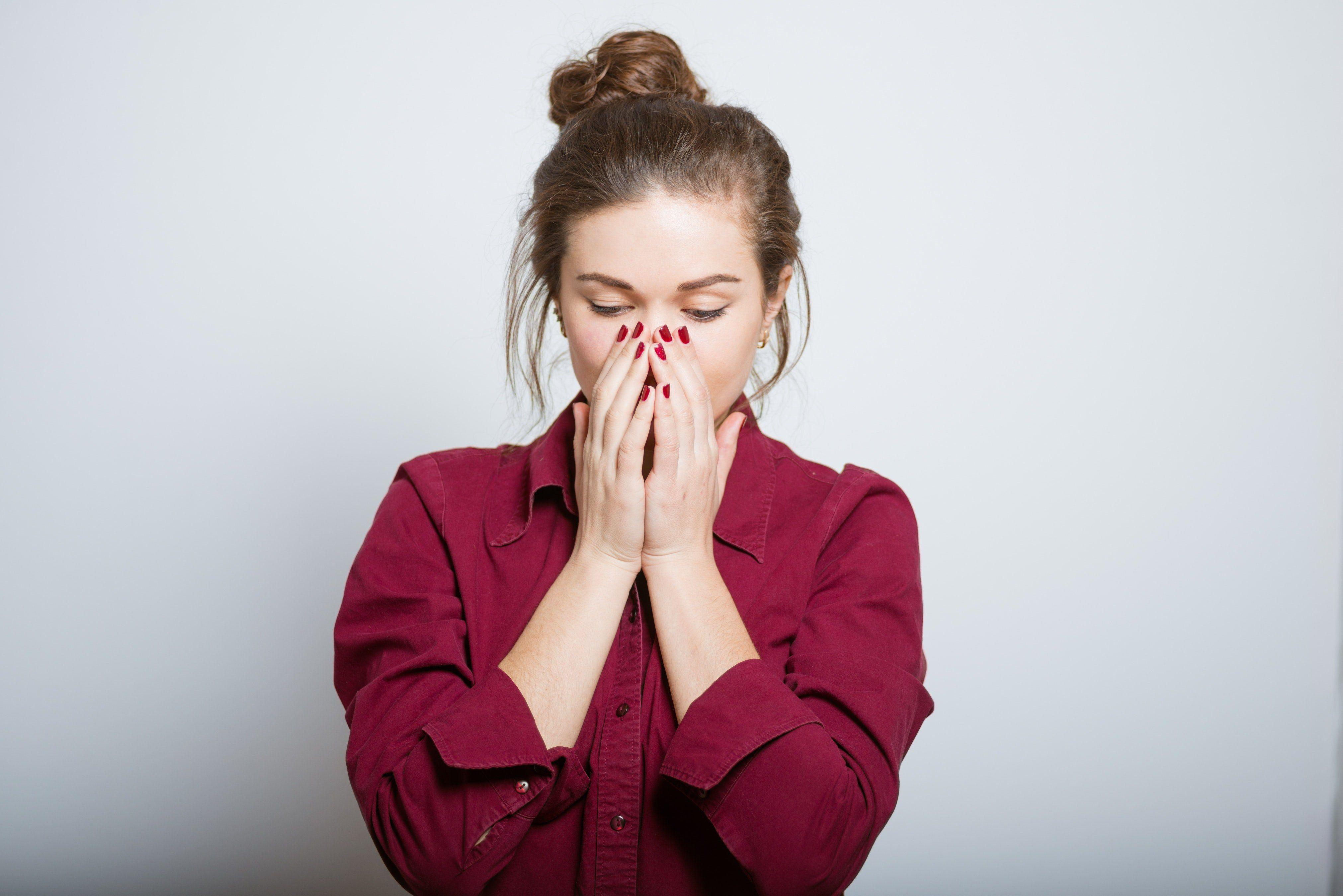 Violent vomiting leading to facial brusing