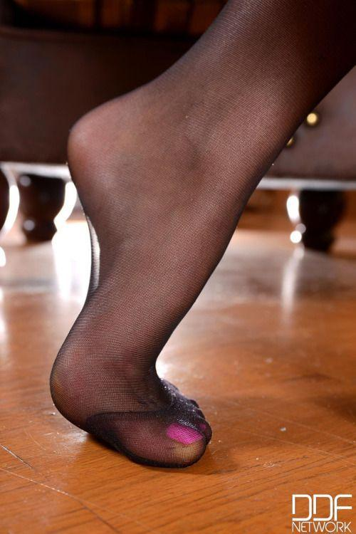 Pantyhose feet and heels