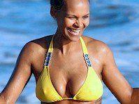 Mumba bikini samantha