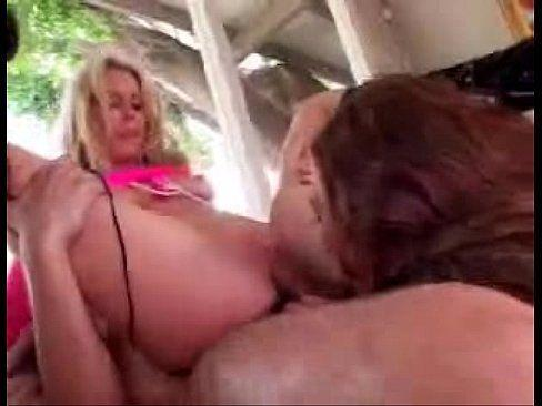 adult video clit sucking Free