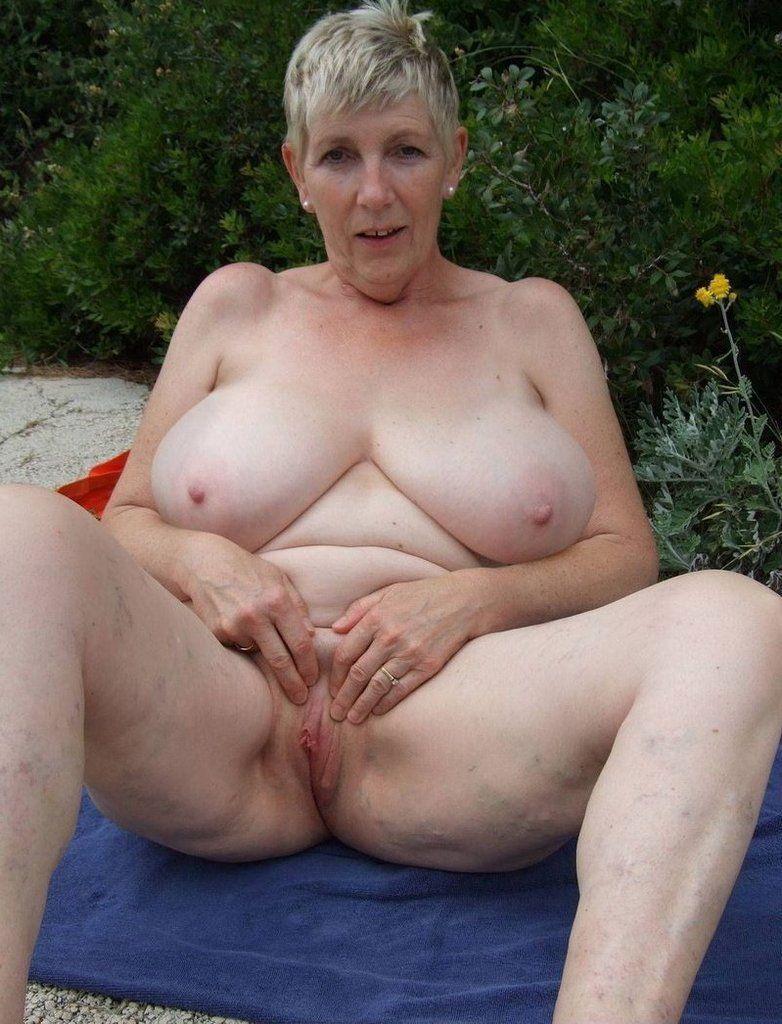 Pussy mature porn big