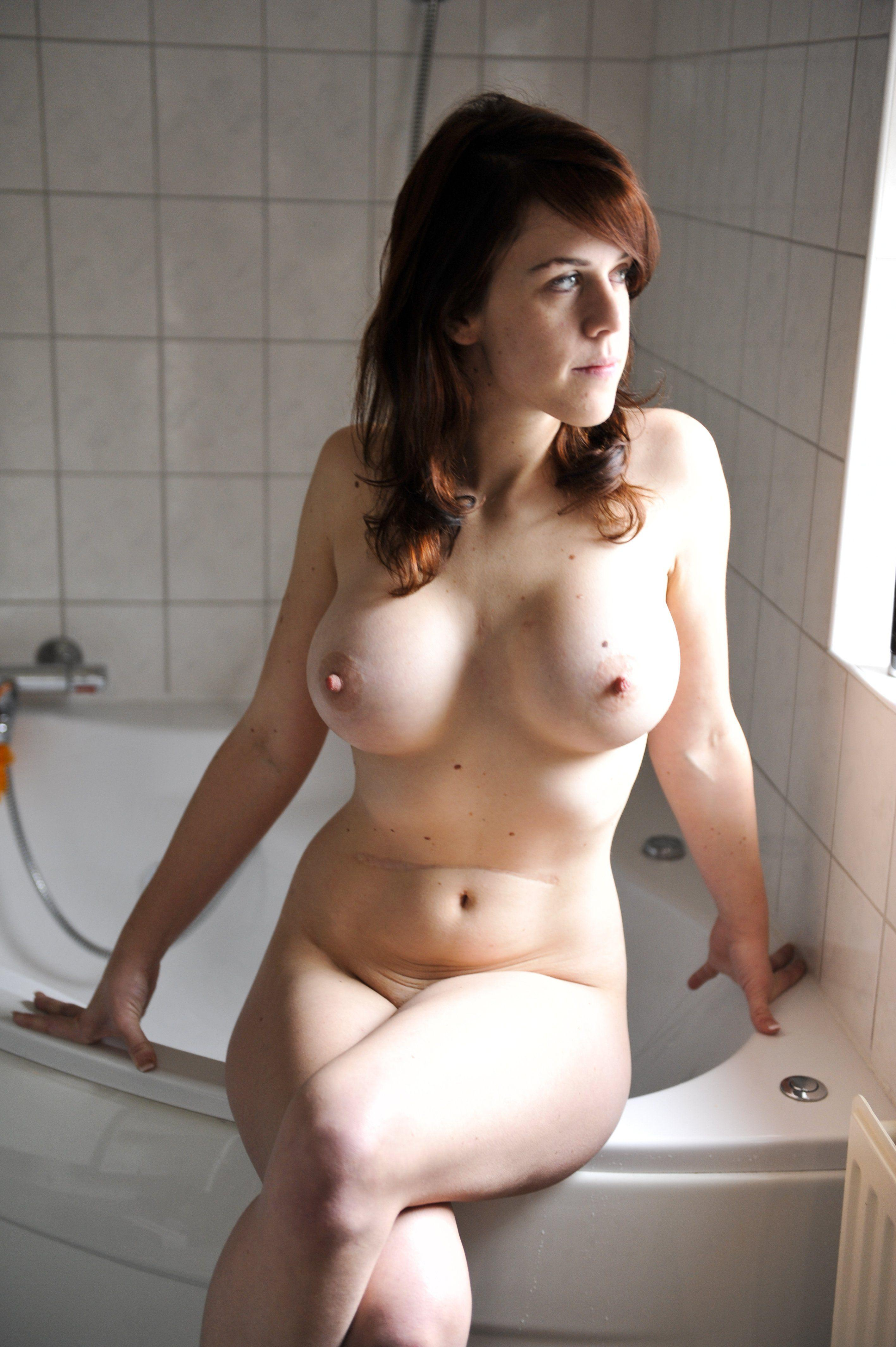 Anateur nudes
