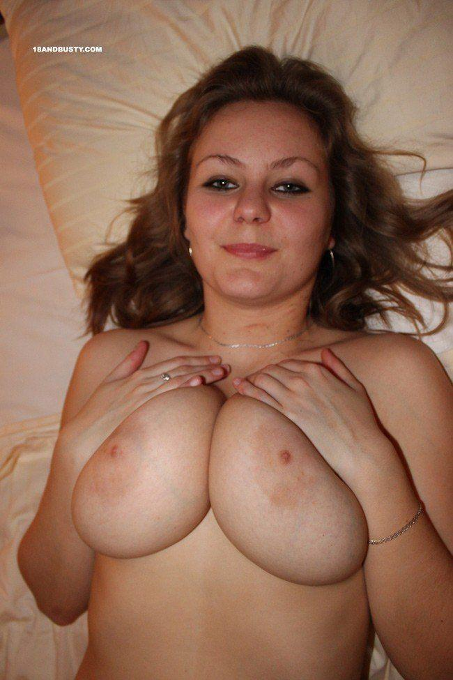 Naked puerto rican fingering herself