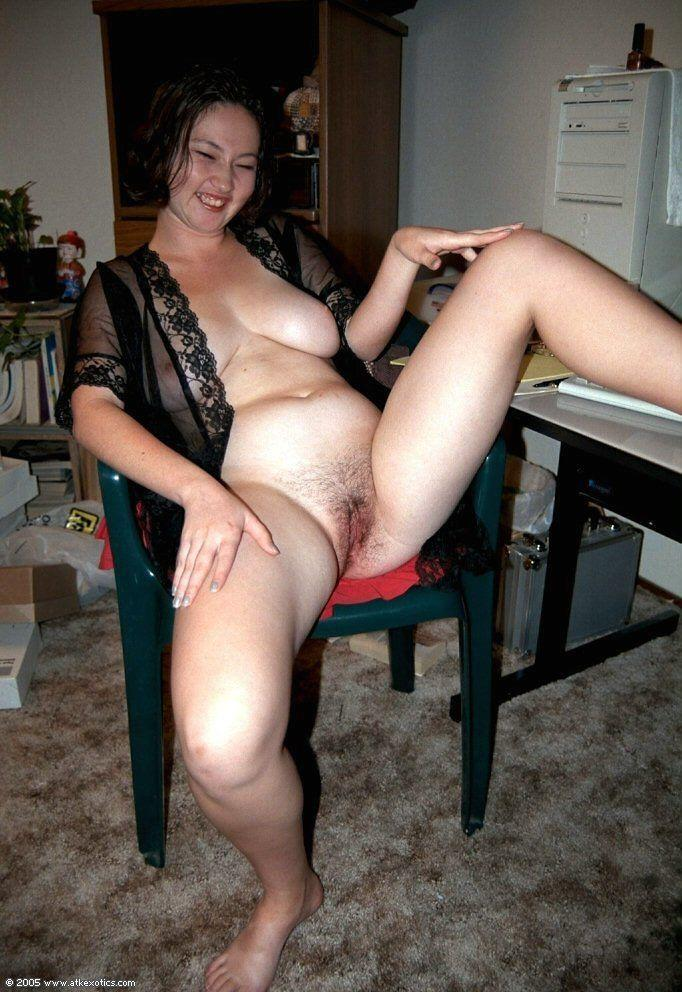 Amateur chubby women galleries