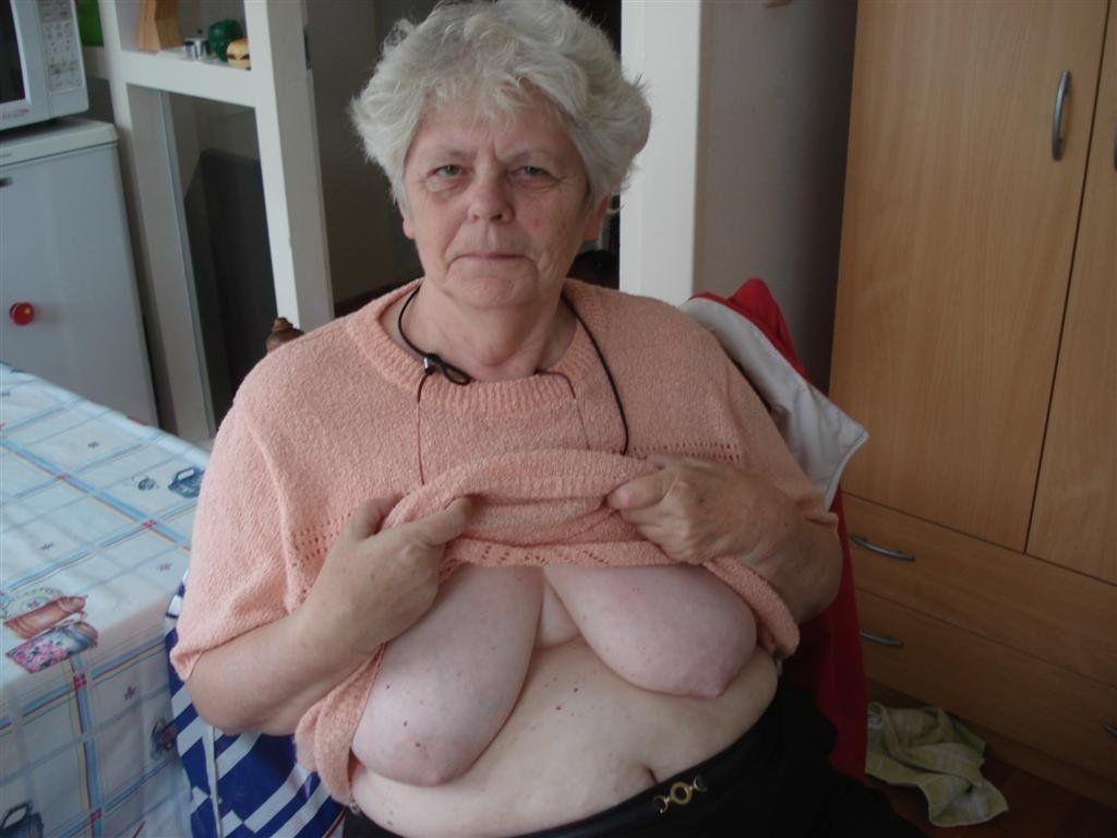 Nude bodybuilding women