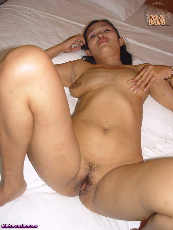arabian nude girl photos