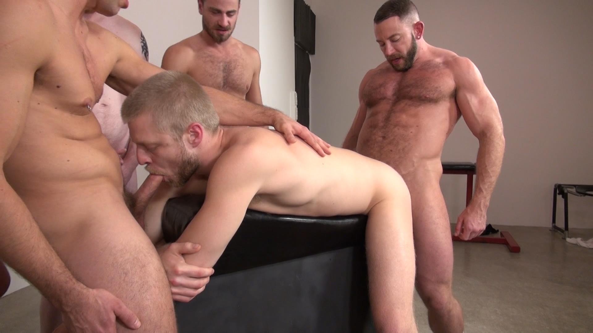 Sex orgies with large cocks