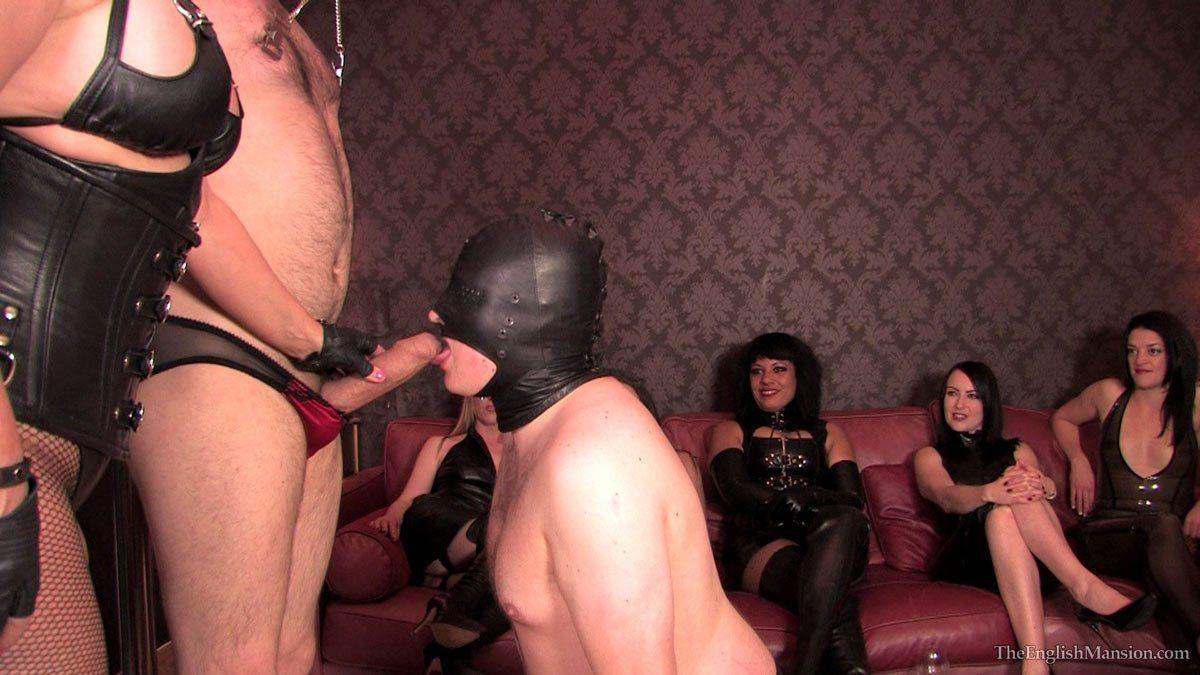 Submissive swinging couples