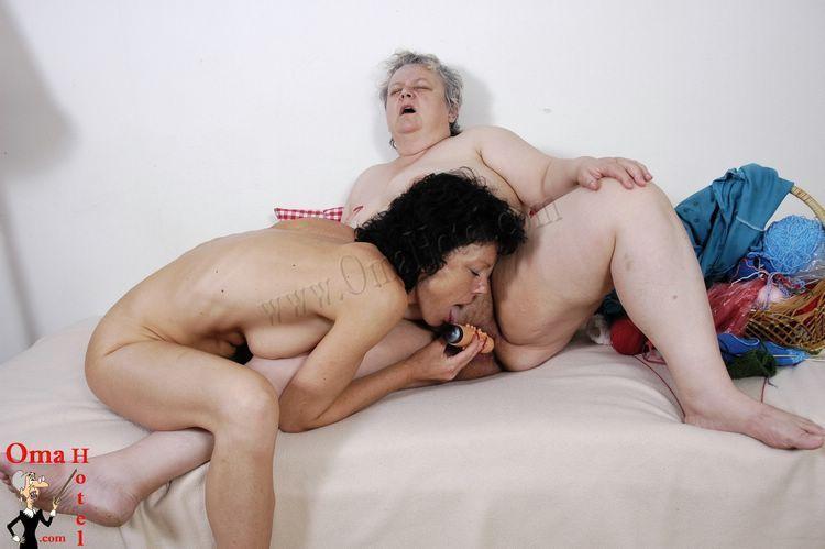 Granny fisting clips