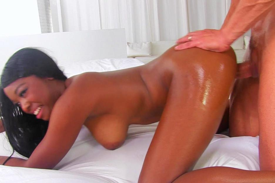 Black girls eating pussy squirt