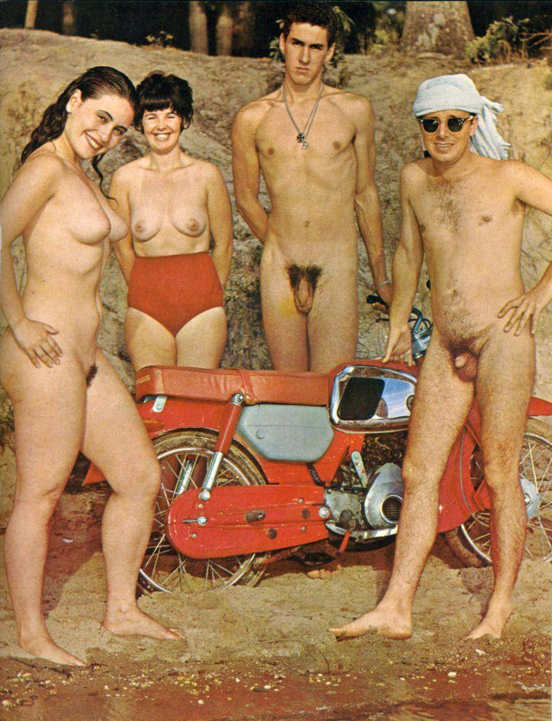 Fusker nudist family