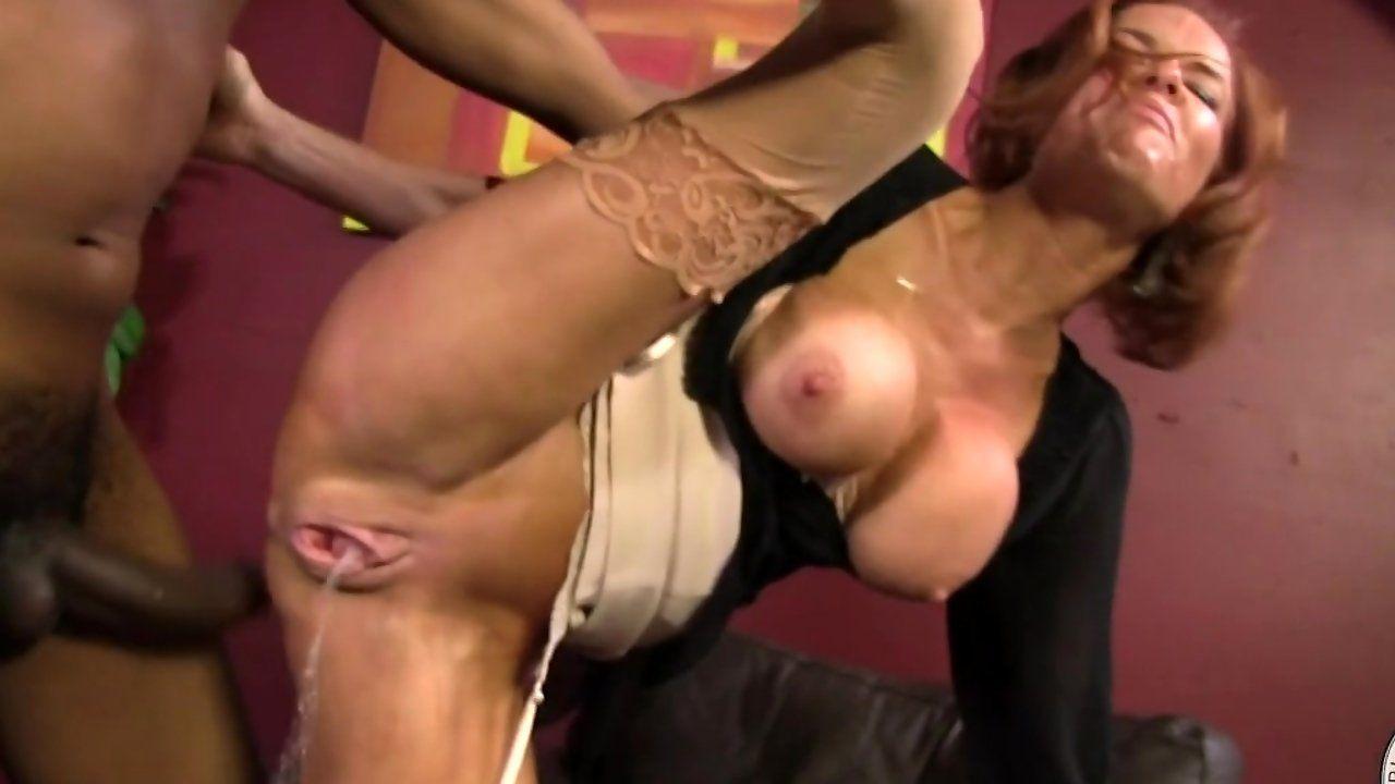 Ebony Squirt Porn Videos