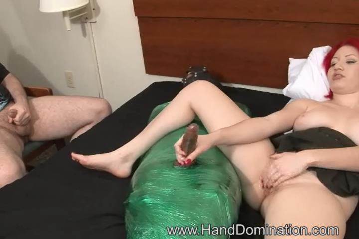Older wife sucking dick movie
