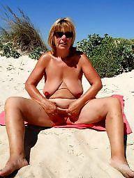 Beach milfs pics