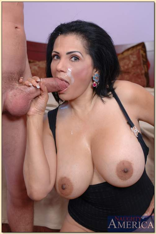 Facial mature cum latina