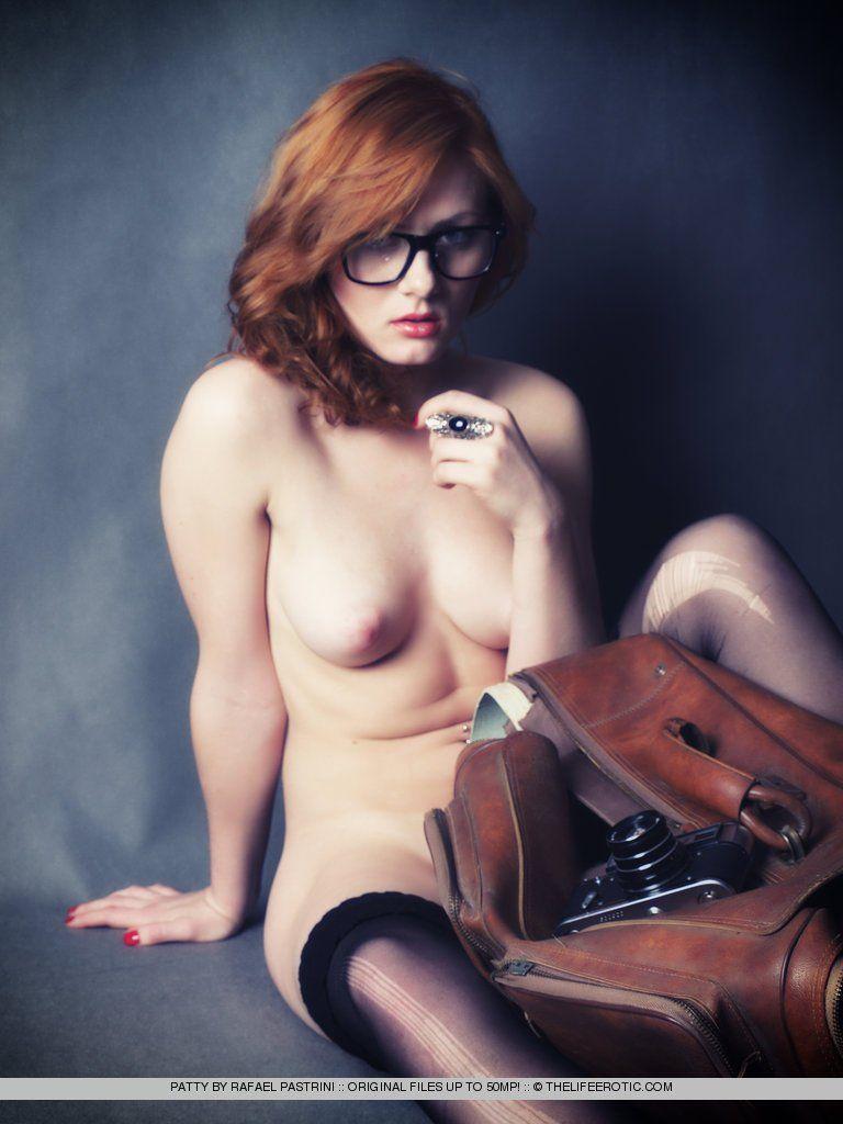 Geek girl tied nude seems good