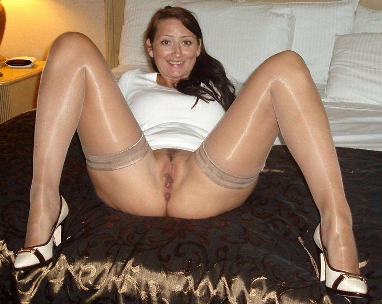 Moms nude in stockings apologise, but