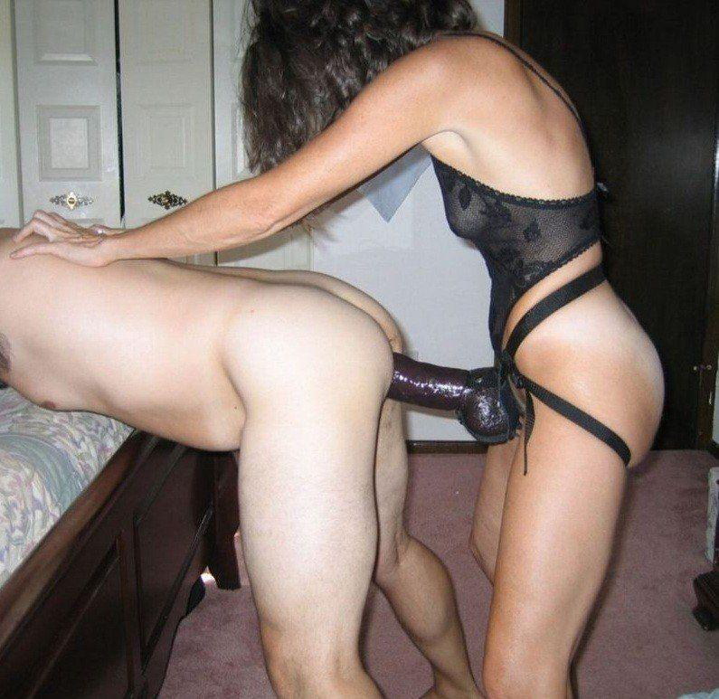 pictures of women fucking men with strap ons